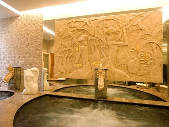 Okinawa Spa Resort EXES: スパ アクアスペース