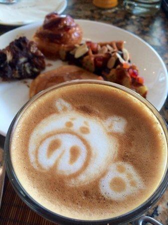 Conrad Bali: my cute piggy latte served by the hotel breakfast! Love it so much!!! :)