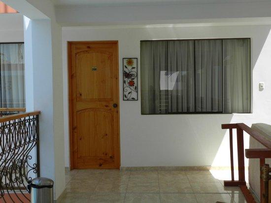Hotel Las Flores: La habitación
