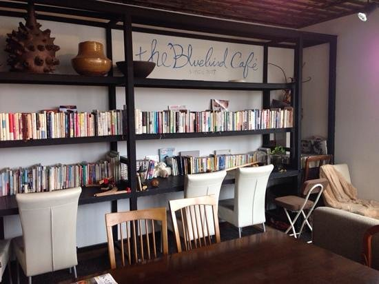 The Bluebird Café : The upstairs seating area