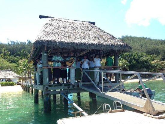 Malolo Island Resort: Farewell song
