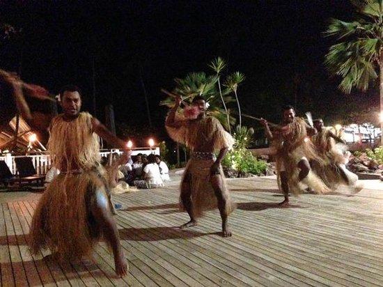 Malolo Island Resort: Saturday night performance