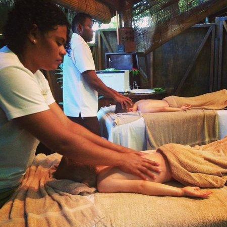 Malolo Island Resort: The kids enjoying a massage