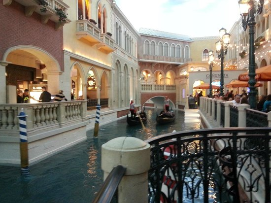 The Venetian Las Vegas A View Of Grand C From Canonita Restaurant