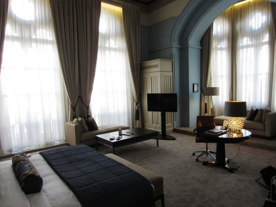 St. Pancras Renaissance Hotel London: Room 186
