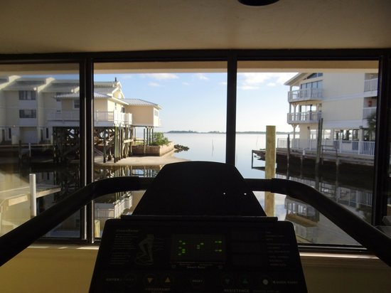 Cedar Cove Beach & Yacht Club: View from cardio equipment in Gym