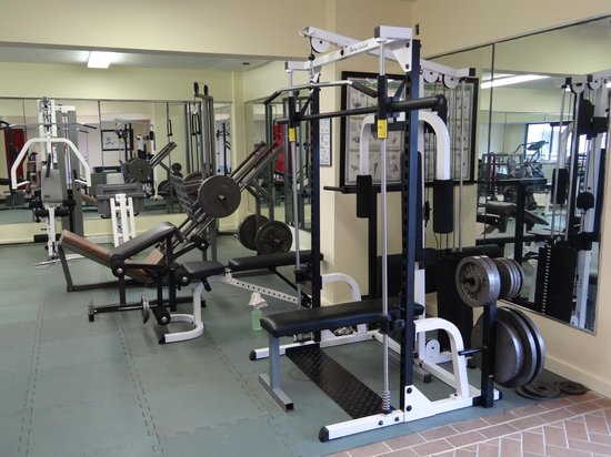 Cedar Cove Beach & Yacht Club: Gym