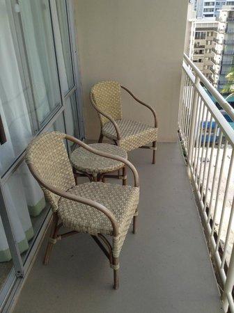 Courtyard Waikiki Beach : Balcón de la habitación