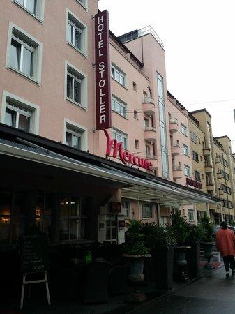 Mercure Stoller Zürich: Facade of the hotel mercure, Zurich, Switzerland