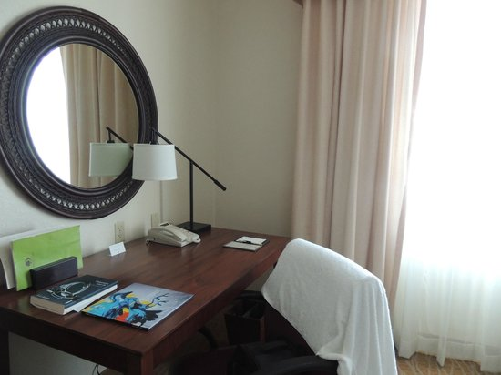 Doubletree by Hilton Sunrise - Sawgrass Mills : Quarto