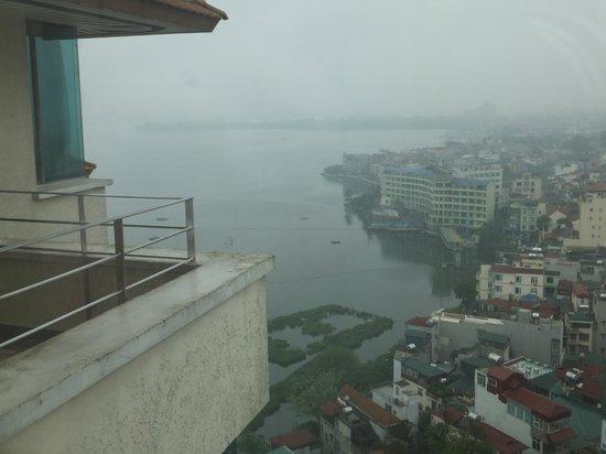 Pan Pacific Hanoi : Вид из номера