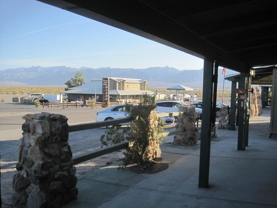 Stovepipe Wells Village Hotel: View from Panamint Bldg