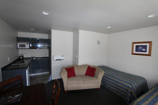 Asure Parklands Motor Lodge: Standard suite