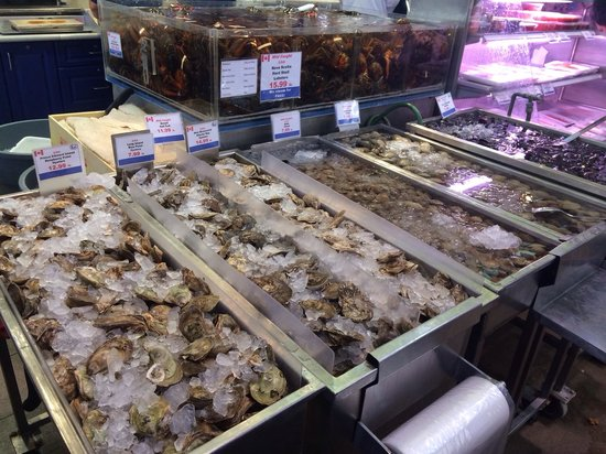 St. Lawrence Market: Oysters