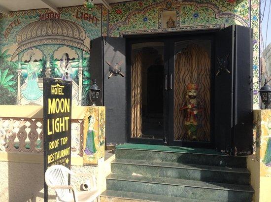 Hotel Moonlight Pushkar : entrance
