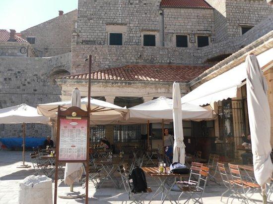 Hilton Imperial Dubrovnik: Lokada
