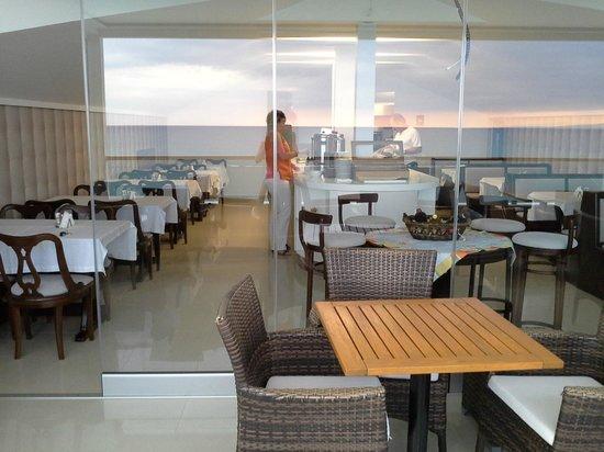 Kymata Seaside Leisure Hotel: Breakfast buffet