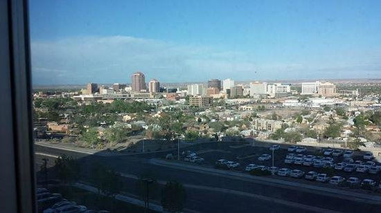 Embassy Suites by Hilton Albuquerque - Hotel & Spa: My room view on the 6th floor, beautiful & quiet!