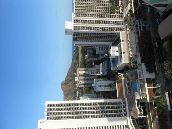 Pacific Beach Hotel : View from room and Diamond Head