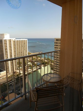 'Alohilani Resort Waikiki Beach : View from Terrrace