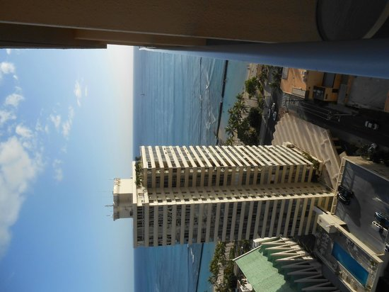 'Alohilani Resort Waikiki Beach : Terrace View