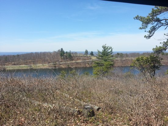 High Point State Park: top of dark blue hiking trail overlooking sawmill lake