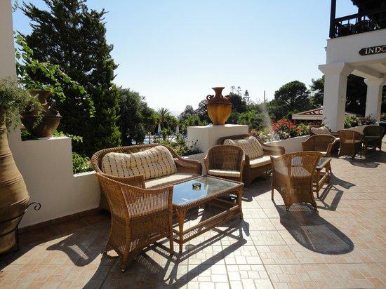 Aldemar Amilia Mare Family Resort: зоны отдыха