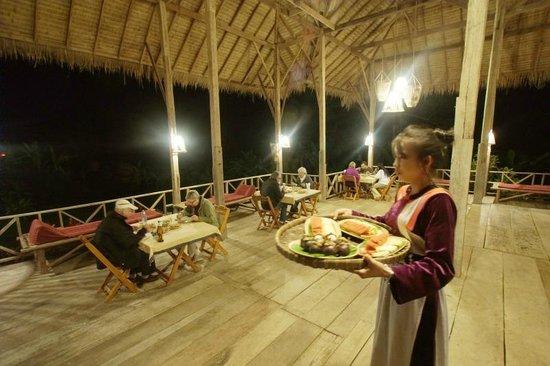 Dinner at Lisu Lodge