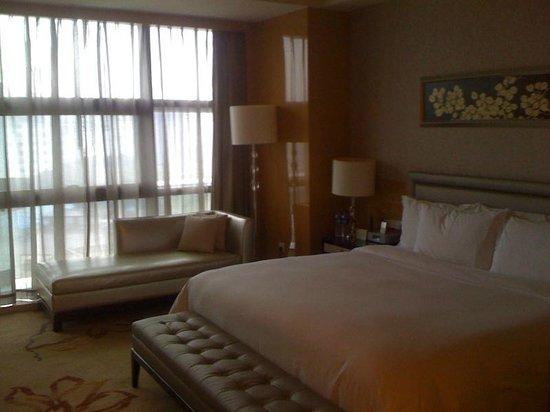 Hilton Guangzhou Baiyun : Bedroom