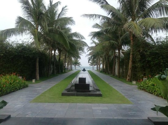 Fusion Maia Da Nang : Nicce long way to the beach