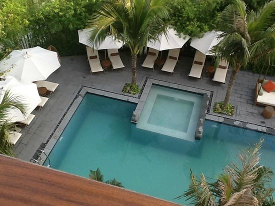 Essence Hoi An Hotel & SPA: View from Block A down to pool area