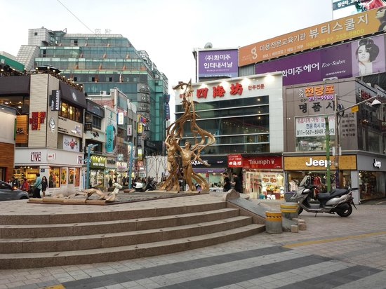 Streetview BIFF Square