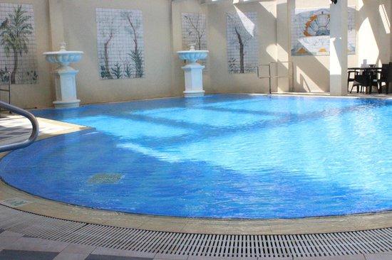 Island Pacific Hotel: pool
