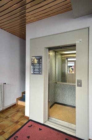 La Regence : Ascenseur