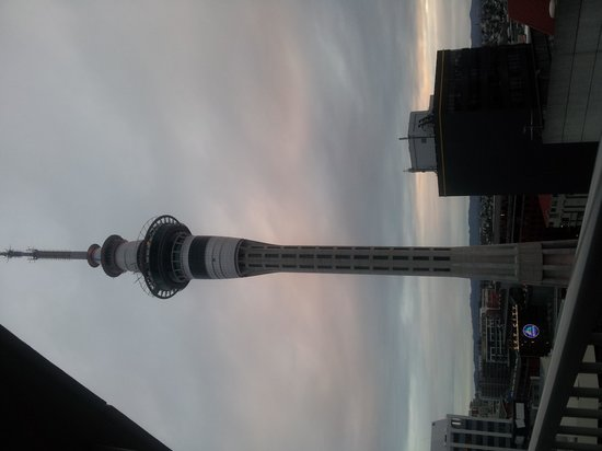 Barclay Suites Auckland: view to the left