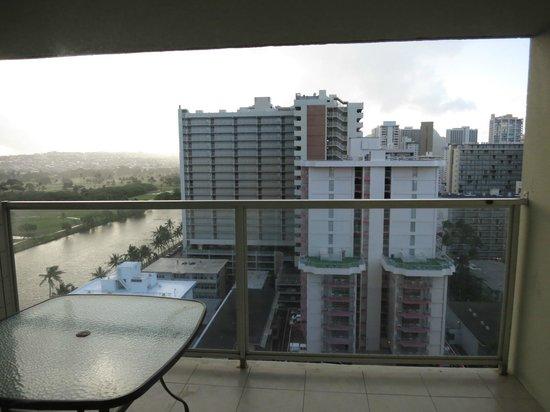 Aqua Skyline at Island Colony : -
