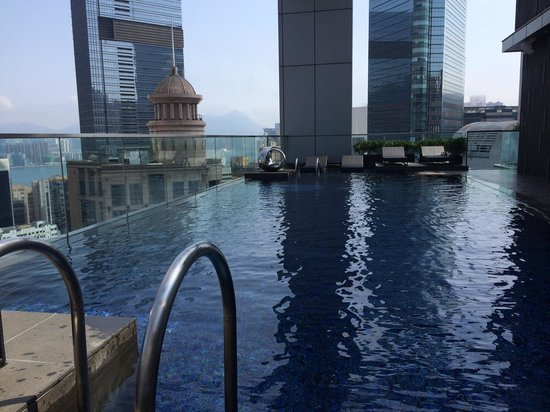 Crowne Plaza Hotel Hong Kong Causeway Bay: rooftop pool