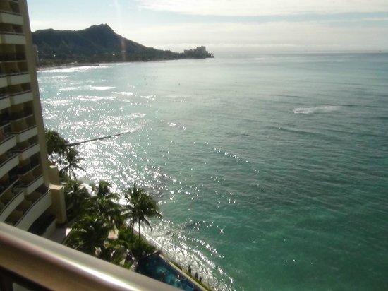 Sheraton Waikiki: ベランダからのダイヤモンドヘッド