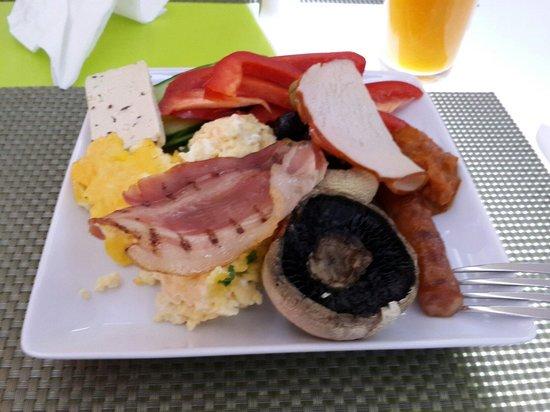 Hotel Christina: Great breakfast