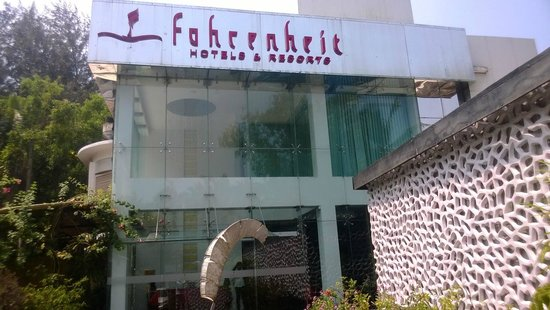 Fahrenheit Hotels and Resorts: Hotel