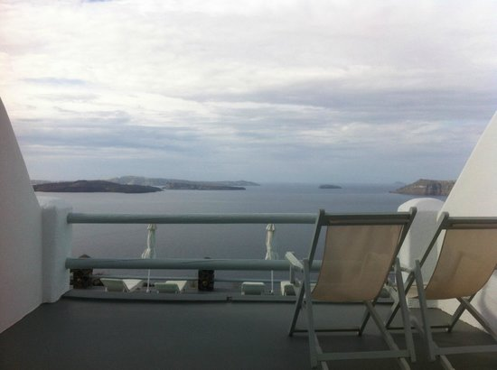 Oia Suites: View from private terrace