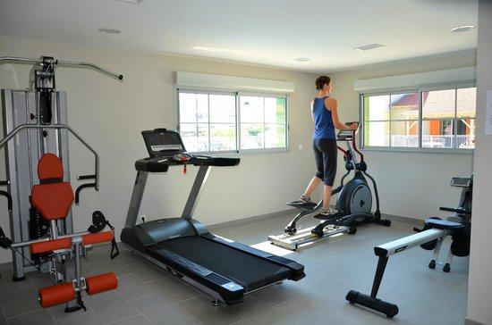 Résidence La Grenadine : La salle de Fitness