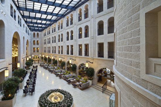 Waldorf Astoria Jerusalem: Atrium Promenade with retractable glass ceiling