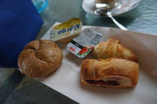 Boutique Hostel Forum: Breakfast to go package