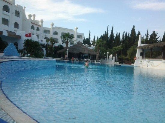 Hammamet Garden Resort & Spa : piscine de l hotel