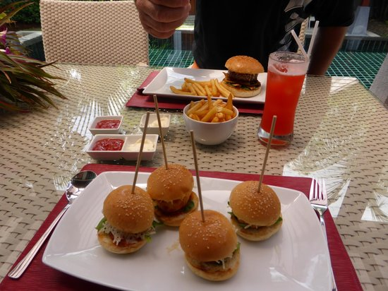 The Bell Pool Villa Resort Phuket : pool side snacks