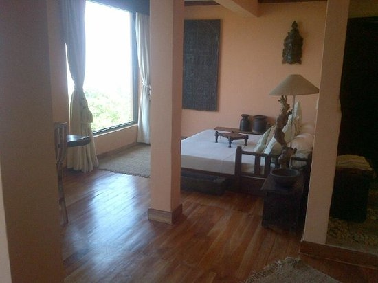 The Dwarika's Resort-Dhulikhel: Day Bed in Suite