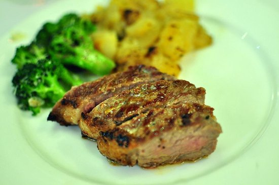Jacky Angela Steakhouse: steak + grilled brocolli + german potatoes