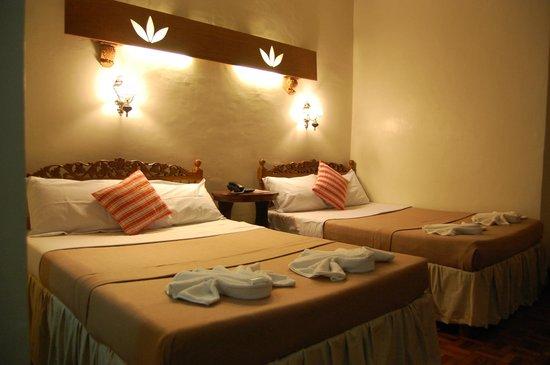 Cordillera Inn: big rooms