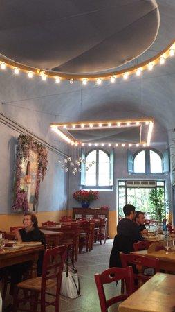 Osteria i Santi: Sala Interna